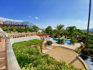 Large Family Villa with Paddocks for sale in Javea
