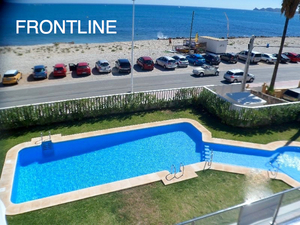 Frontline apartment to let with sea views Javea.