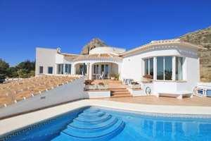 Villa for sale Montgo Javea with sea views