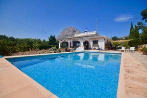 Villas for sale in Valls area of Javea