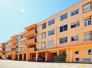 3 bedroom apartment for long term rental with sea views in Javea, Arenal.