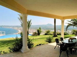 Villa with amazing sea views for sale in Javea