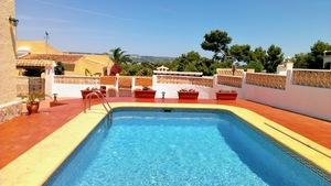 Villa to let in Tosalet Javea