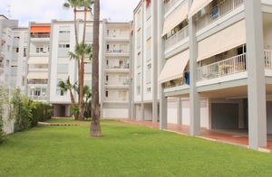 Unfurnished apartment in Javea Port for long term rental.