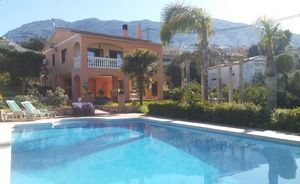 Villa to let in Denia, long term rental.