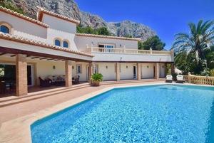 Villa spacieuse de luxe à vendre Montgo Javea