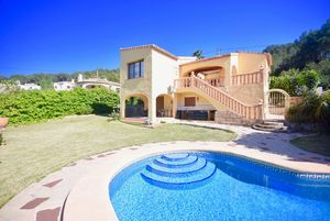 5 bedroom villa for long term rental in Javea