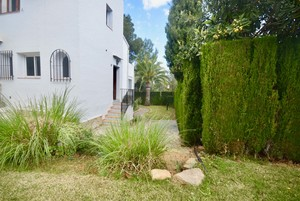Townhouse to let long term in Javea