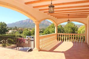 Villa moderna en venta en Javea