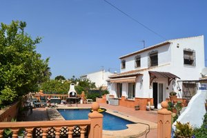 Traditional villa in Javea old town for sale