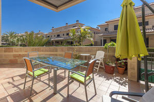Ground floor apartment for sale in Javea port