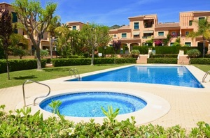 Large apartment for sale in Javea Port