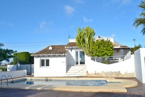 Villa to let in Javea Les Sorts