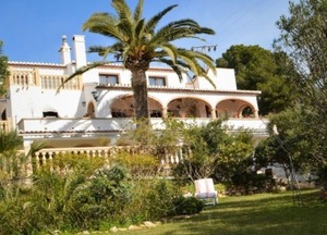 Large villa for sale in Javea Portichol