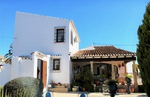 Unfurnished villa to let in Montgo Javea