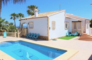 Family villa to let Javea.