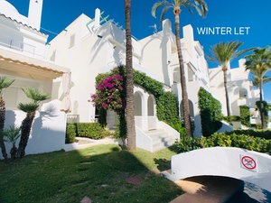 Townhouse to let Javea Arenal.