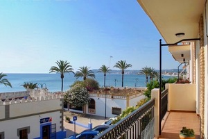 Apartment with sea views to let Javea Port