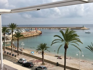 Apartment to let in Javea Port with sea views.
