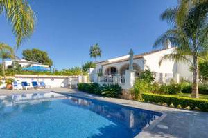 Modern villa for sale in the Tosalet area of Javea