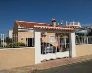 3 bedroom Villa se vende en Los Alcazares