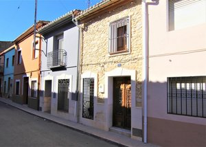2 bedroom Townhouse for sale in Jalon