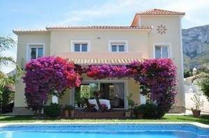 5 bedroom Villa for sale in Denia