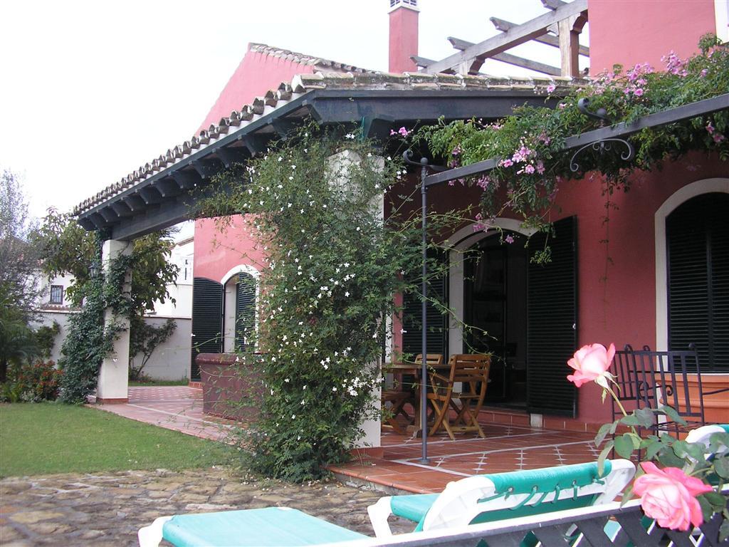 Вилла в Малага, площадь 270 м², 4 спальни