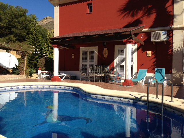 Вилла в Аликанте - Коста Бланка, площадь 450 м², 6 спален