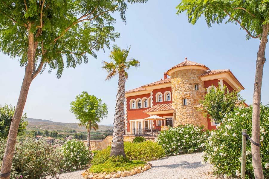 Вилла в Валенсия - Коста дель Азаар, площадь 482 м², 4 спальни