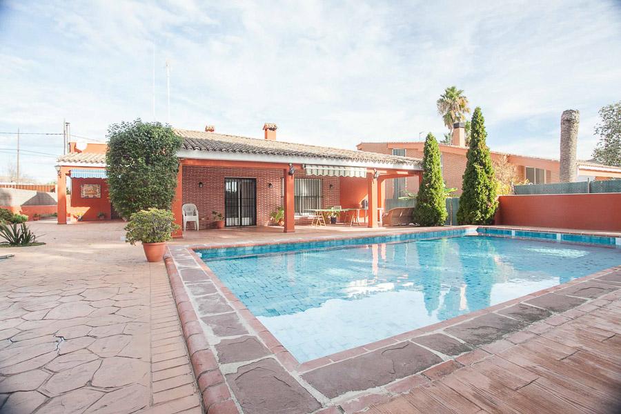 Вилла в Валенсия - Коста дель Азаар, площадь 173 м², 4 спальни