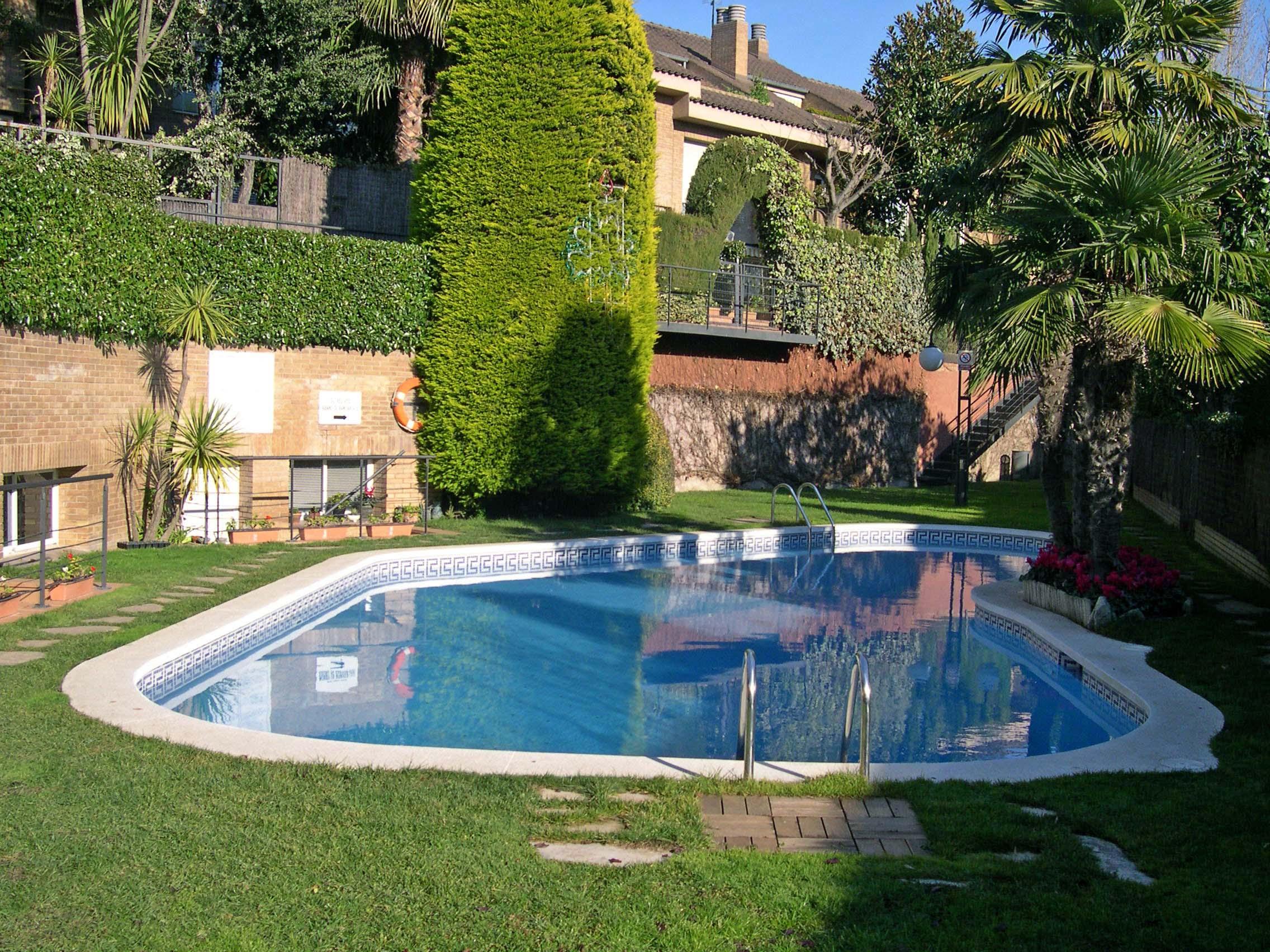Таунхаус в Барселона, площадь 300 м², 4 спальни