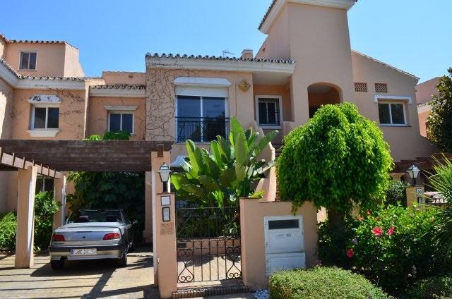 Апартаменты в Малага, площадь 226 м², 3 спальни