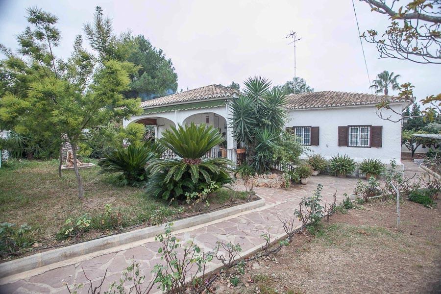 Вилла в Валенсия - Коста дель Азаар, площадь 179 м², 4 спальни