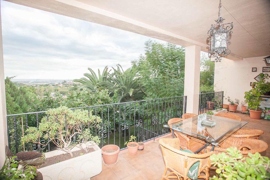 Вилла в Валенсия - Коста дель Азаар, площадь 330 м², 4 спальни