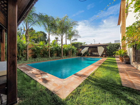 Вилла в Аликанте - Коста Бланка, площадь 400 м², 5 спален