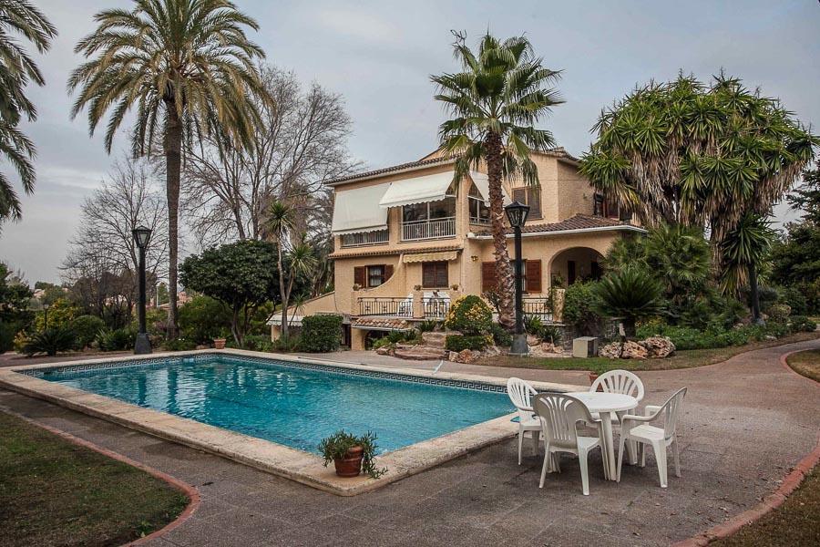 Вилла в Валенсия - Коста дель Азаар, площадь 700 м², 7 спален