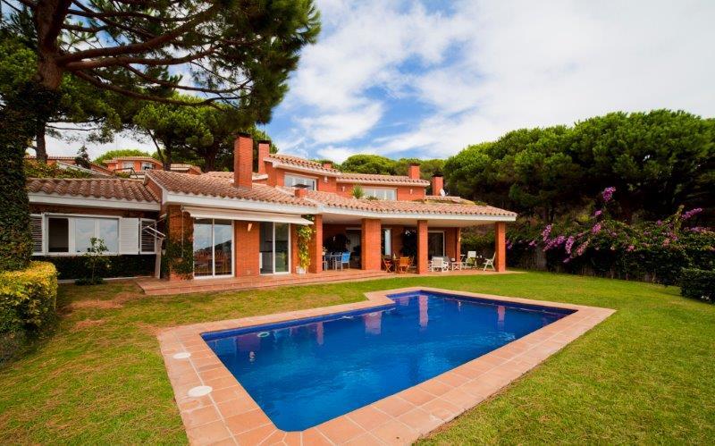 Вилла в Барселона, площадь 475 м², 5 спален