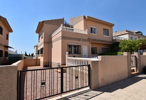 3 bedroom Villa for sale in Orihuela Costa