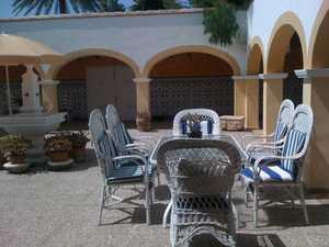 Casa de 6 dormitorios en venta en Javea