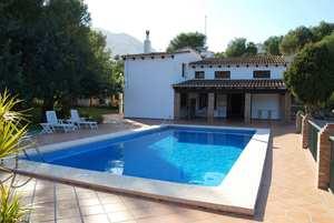 8 bedroom Villa for sale in Denia