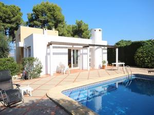 Casa de 5 dormitorios en venta en Javea