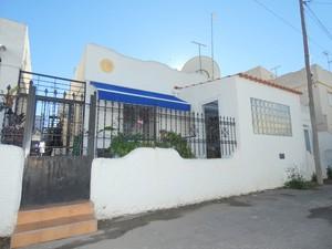 2 bedroom Villa te koop in Los Alcazares