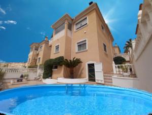 4 bedroom Villa for sale in Orihuela Costa