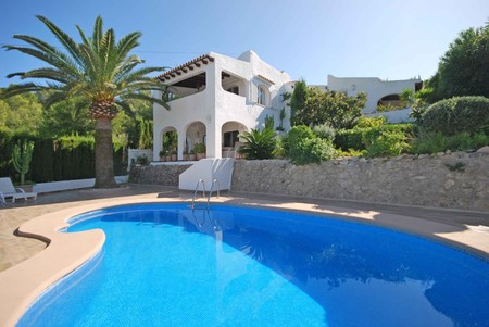 Property for sale in Moraira | Bargain Property in Spain