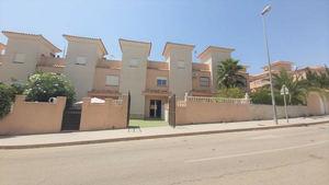 2 bedroom 2 bathroom duplex in Punta Prima