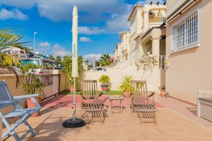 4 bedroom detached villa 5 minutes from Campoamor beach