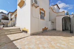 3 bedroom 2 bathroom dupliex near Torrevieja