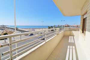 3 bedroom sea front apartment in Torrevieja