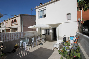 2 bedroom renovated townhouse in Torrevieja